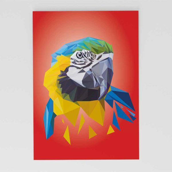 Papagei Postkarte, Tierportrait im Lowpoly-Stil, Illustration von Annika Kuhn, klimaneutral und in Kleinserie produziert